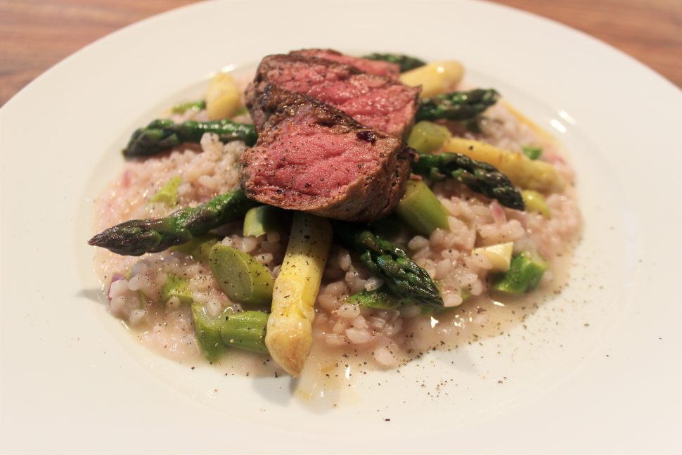 Spargelrisotto mit Rindermedaillon (1)